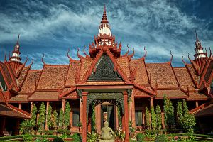 National-Museum-Phnom-Penh-Cambodia-002.jpg