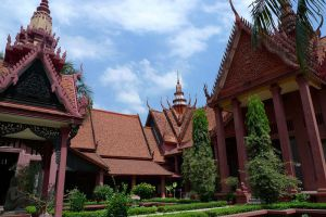 National-Museum-Phnom-Penh-Cambodia-004.jpg