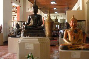 National-Museum-Phnom-Penh-Cambodia-006.jpg