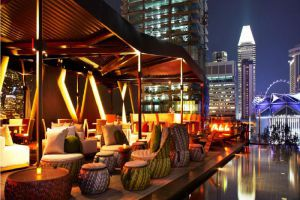 Naumi-Hotel-Marina-Bay-Singapore-Bar.jpg