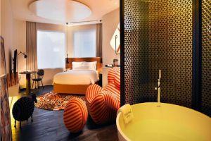 Naumi-Hotel-Marina-Bay-Singapore-Room.jpg