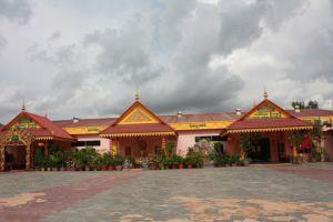 New-Jasmine-Angkor-Restaurant-Siem-Reap-Cambodia-05.jpg