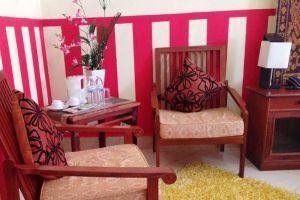 New-Rose-Boutique-Hotel-Vientiane-Laos-Living-Room.jpg