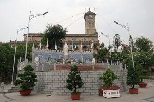 Nha-Thrang-Cathedral-Khanh-Hoa-Vietnam-004.jpg