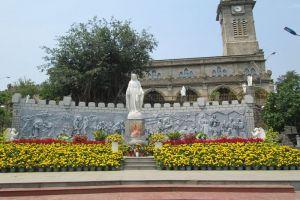Nha-Thrang-Cathedral-Khanh-Hoa-Vietnam-005.jpg