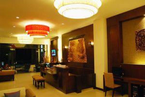 Nicha-Suite-Hotel-Hua-Hin-Thailand-Reception.jpg