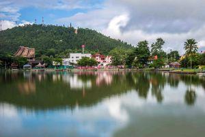 Nong-Chong-Kham-Lake-Mae-Hong-Son-Thailand-03.jpg