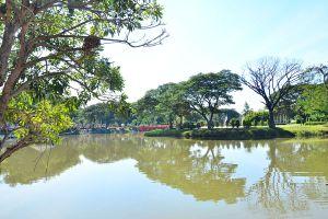 Nong-Krathing-Public-Park-Lampang-Thailand-06.jpg