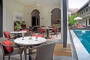 Noordin-Mews-Hotel-Penang-Restaurant.jpg