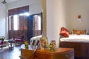 Noordin-Mews-Hotel-Penang-Room.jpg