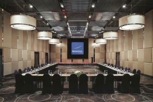 Novotel-Saigon-Centre-Hotel-Ho-Chi-Minh-Vietnam-Meeting-Room.jpg