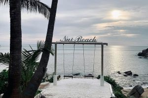 Nui-Beach-Phuket-Thailand-05.jpg