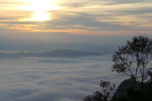 Nunthaburi-National-Park-Nan-Thailand-02.jpg