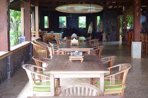 Nurdas-Cimaja-Point-Restaurant-West-Java-Indonesia-04.jpg