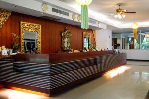 Oasis-Hotel-Chiang-Mai-Thailand-Reception.jpg
