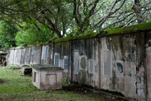 Old-Colonial-Protestant-Cemetery-Penang-Malaysia-003.jpg