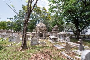 Old-Colonial-Protestant-Cemetery-Penang-Malaysia-007.jpg