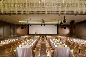 One-Farrer-Hotel-Spa-Little-India-Singapore-Meeting-Room.jpg