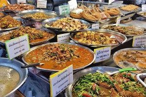 Or-Tor-Kor-Fresh-Food-Market-Bangkok-Thailand-01.jpg