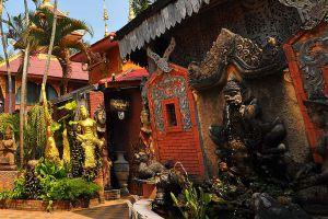 Oub-Kham-Museum-Chiang-Rai-Thailand-02.jpg