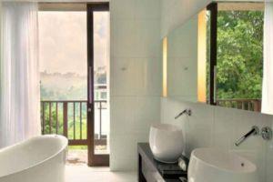 Padma-Hotel-Bandung-Indonesia-Bathroom.jpg