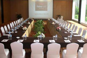 Padma-Hotel-Bandung-Indonesia-Meeting-Room.jpg