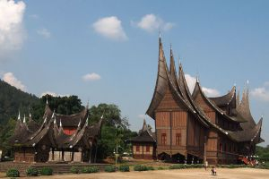 Pagaruyung-Palace-West-Sumatra-Indonesia-004.jpg