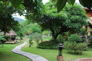 Paivimaan-Resort-Mae-Hong-Son-Thailand-Entrance.jpg