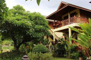 Paivimaan-Resort-Mae-Hong-Son-Thailand-Garden.jpg