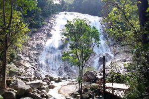 Pajo-Waterfall-Narathiwat-Thailand-03.jpg