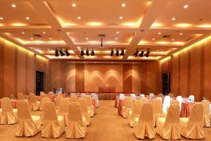 Palm-Beach-Resort-Samui-Thailand-Meeting-Room.jpg
