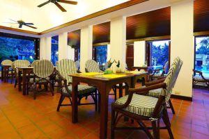 Palm-Beach-Resort-Samui-Thailand-Restaurant.jpg