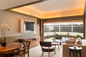 Pan-Pacific-Hotel-Marina-Bay-Singapore-Living-Room.jpg