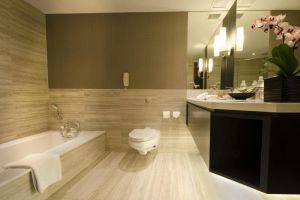 Pan-Pacific-Hotel-Orchard-Singapore-Bathoom.jpg