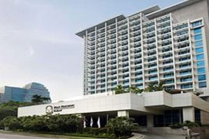 Pan-Pacific-Hotel-Orchard-Singapore-Entrance.jpg