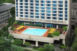 Pan-Pacific-Hotel-Orchard-Singapore-Overview.jpg