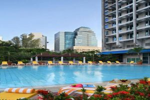 Pan-Pacific-Hotel-Orchard-Singapore-Pool.jpg