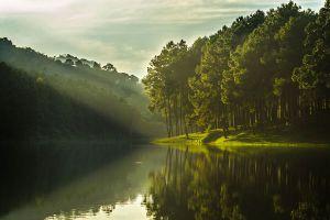 Pang-Oung-Lake-Mae-Hong-Son-Thailand-05.jpg