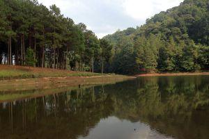 Pang-Oung-Lake-Mae-Hong-Son-Thailand-06.jpg