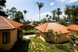 Paradise-Bungalows-Koh-Chang-Thailand-Overview.jpg