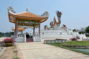 Paradise-Park-Nakhon-Sawan-Thailand-02.jpg