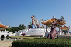 Paradise-Park-Nakhon-Sawan-Thailand-06.jpg
