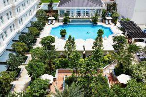 Park-Hyatt-Saigon-Hotel-Ho-Chi-Minh-Vietnam-Pool.jpg