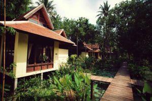 Parndhevi-Riverside-Resort-Spa-Nakhon-Pathom-Thailand-Bungalow.jpg