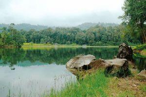 Patenggang-Lake-West-Java-Indonesia-001.jpg