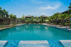 Pattara-Resort-Spa-Hotel-Phitsanulok-Thailand-Pool.jpg