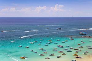 Pattaya-Beach-Chonburi-Thailand-02.jpg