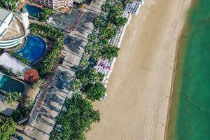Pattaya-Beach-Chonburi-Thailand-05.jpg