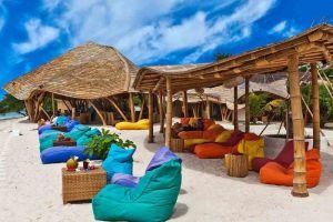 Pearl-Beach-Lounge-Lombok-Indonesia-001.jpg