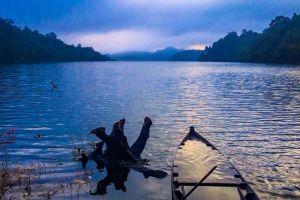Pedu-Lake-Kedah-Malaysia-005.jpg